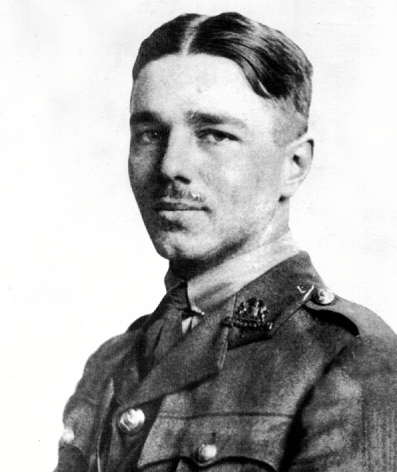 essays on wilfred owen This is my still-'rough' draft of a poetry essay i did for standard grade english the poem's author is wilfred owen and the poem is titled 'dulce etread the essay.